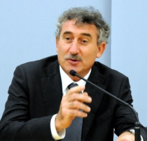 LUCIANO FLOR