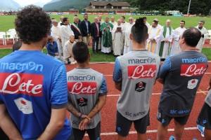 DIMARO - Incontro cardinal Sepe e SCC Napoli e tifosi giunti al ritiro (Foto Italo Cuomo)